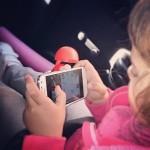 Jugando App viaje en coche